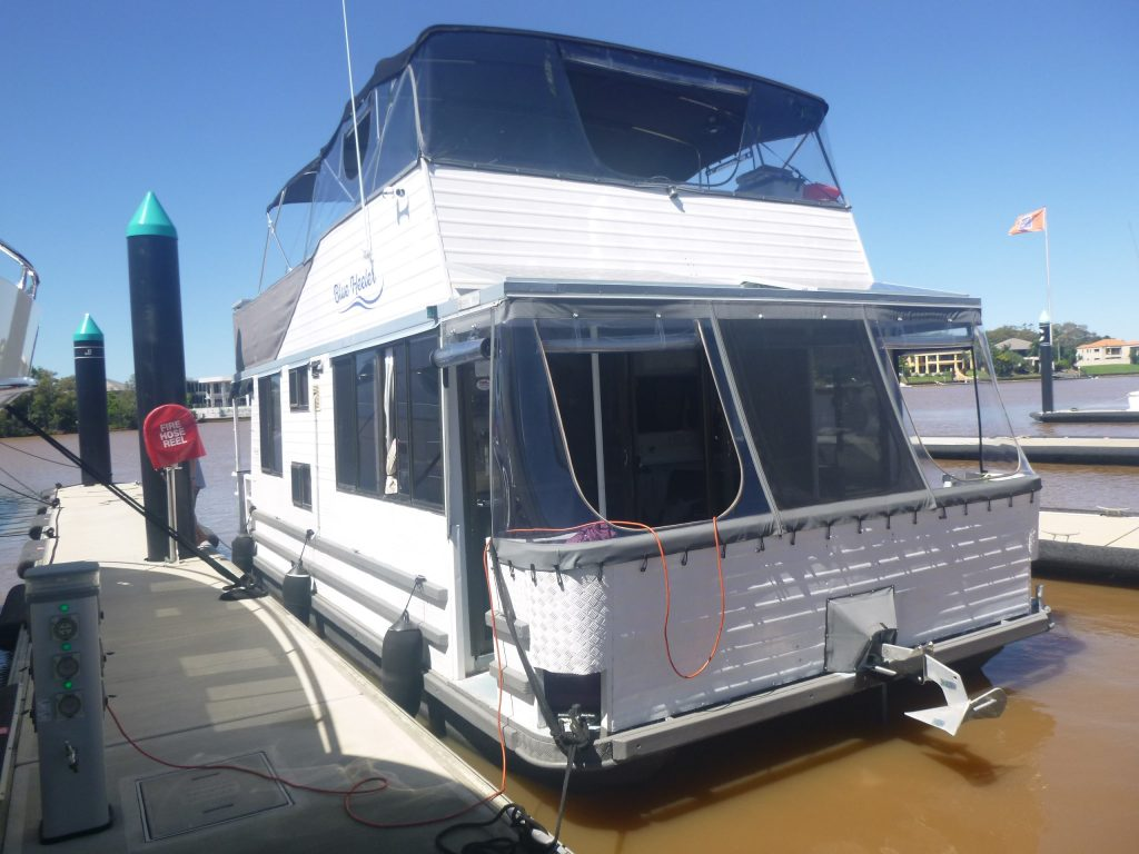Pre purchase inspection on a houseboat - RT Marine Gold Coast